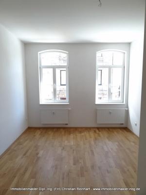 schicke 2 Zimmer Wohnung mit Balkon