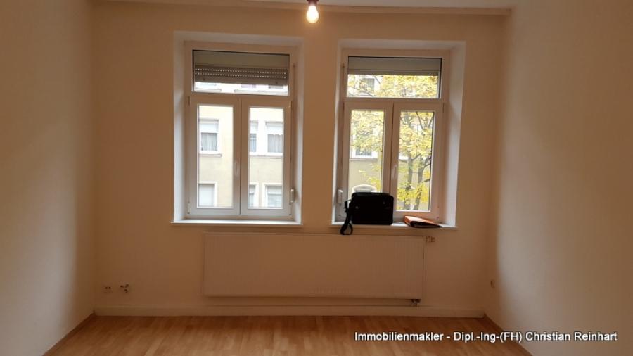 25 Zimmer Wohnung Mit Balkon In Hummelstein Immobilienmakler Nürnberg